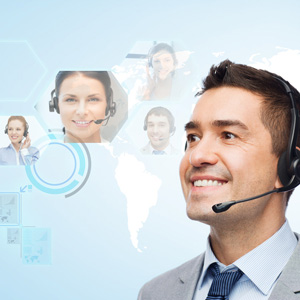 Picture: Man with headset, background: globe with further persons